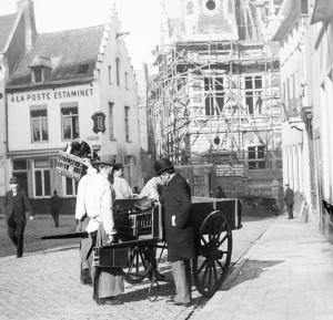 Handelaars op het Margarethaplein. Collectie Eugène Sprengers - Stadsarchief Leuven