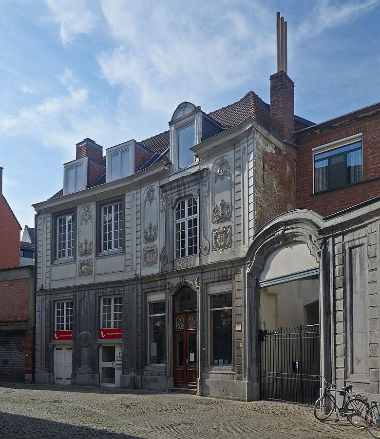 780px-Schrijnmakersstraat_9-13_(Leuven)